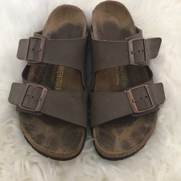 58076de51cee Birkenstock Shoes - Berkinstock Arizona 2 strap sandal in Mocha